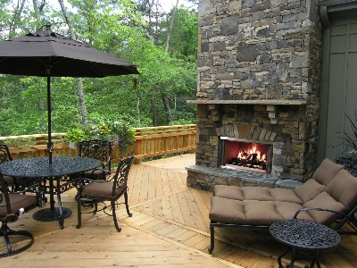 Montana Gas Outdoor Fireplace by Heatilator/ HHT Lifestyle Products
